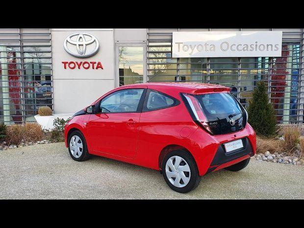Photo miniature de la Toyota Aygo 1.0 VVT-i 69ch x-red 2018 3p 2018 d'occasion