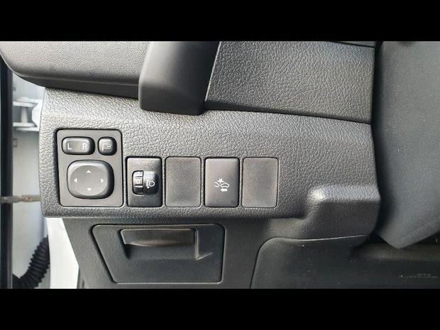 Photo miniature de la Toyota Auris 100 VVT-i Design 2017 d'occasion