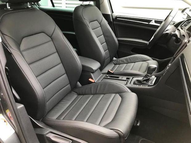 Photo miniature de la Volkswagen Golf 2.0 TDI 150ch FAP Carat Exclusive DSG7 Euro6d-T 5p 2019 d'occasion