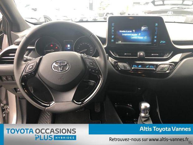 Photo miniature de la Toyota C-HR 122h Design 2WD E-CVT RC18 2019 d'occasion