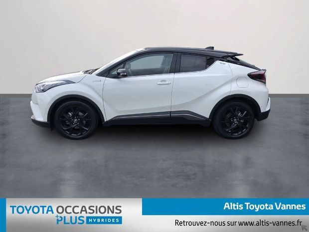 Photo miniature de la Toyota C-HR 122h Graphic 2WD E-CVT RC18 2019 d'occasion