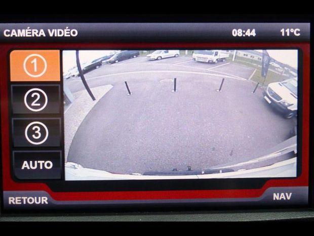 Photo miniature de la Iveco Daily 35S16S V11 BVA8 Hi-Matic GPS 23900HT 2018 d'occasion