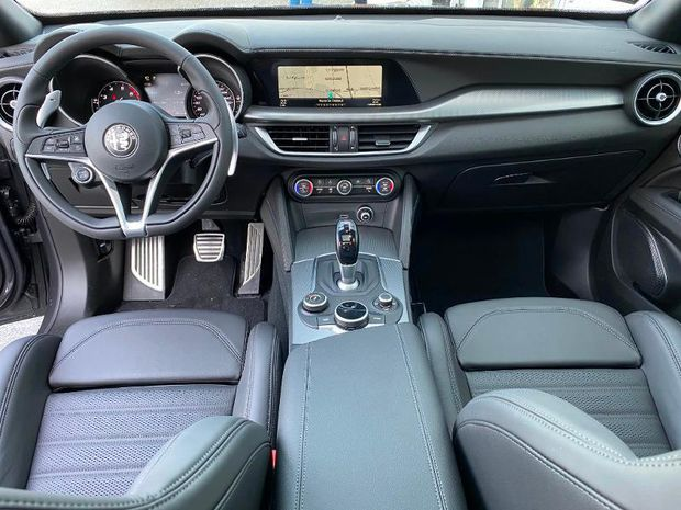 Photo miniature de la Alfa Romeo Stelvio 2.0T 280ch Ti Q4 AT8 MY19 2020 d'occasion
