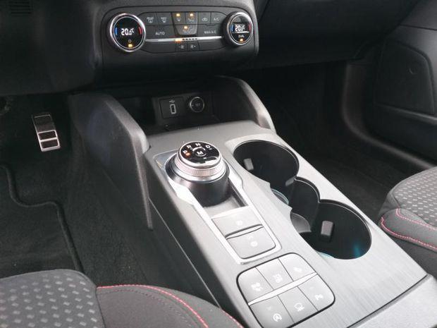 Photo miniature de la Ford Focus SW 2.0 EcoBlue 150ch ST-Line BVA 2018 d'occasion