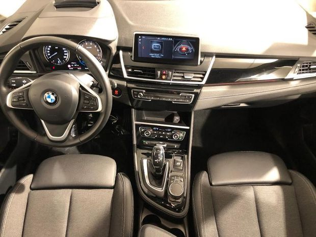 Photo miniature de la BMW Serie 2 Gran Tourer 218iA 140ch Sport DKG7 117g 2019 d'occasion