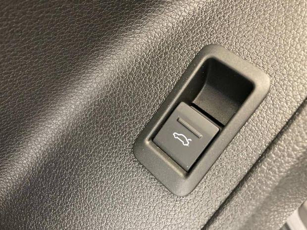 Photo miniature de la Audi Q3 35 TDI 150ch S tronic 7 120g 2020 d'occasion