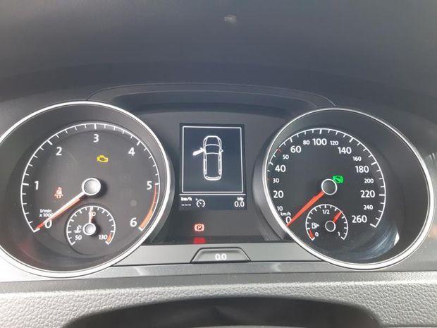 Photo miniature de la Volkswagen Golf SW 1.6 TDI 115ch FAP BlueMotion Technology Confortline Business DSG7 2019 d'occasion