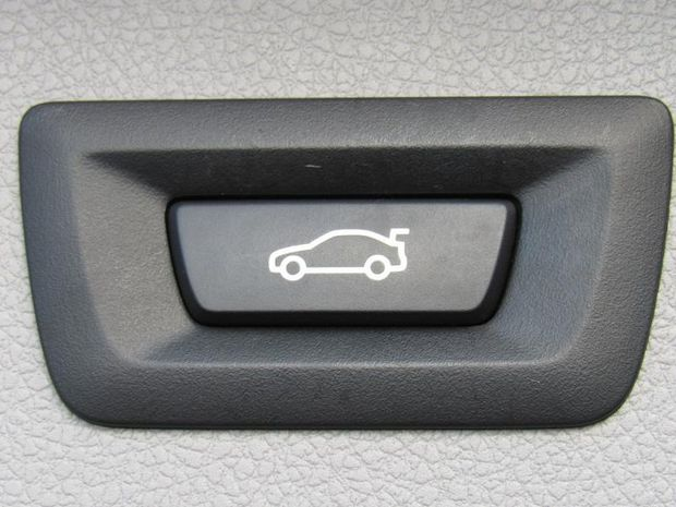 Photo miniature de la BMW Serie 3 Touring 320iA 184ch Lounge 2017 d'occasion