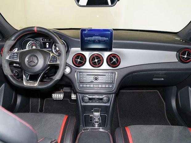 Photo miniature de la Mercedes GLA Classe  45 AMG 381ch 4Matic Speedshift DCT AMG 2016 d'occasion