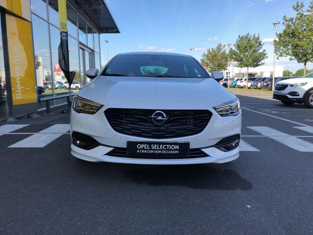 Photo miniature de la Opel Insignia Grand Sport 2.0 D 170ch Ultimate AT8 Euro6dT 136g 2020 d'occasion