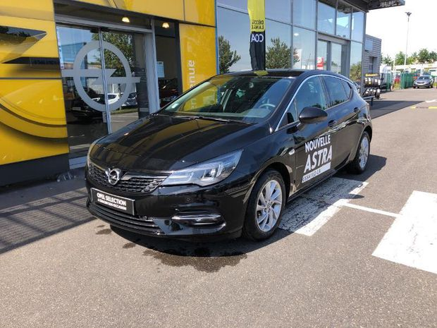 Photo miniature de la Opel Astra 1.5 D 122ch Elegance 92g 2019 d'occasion