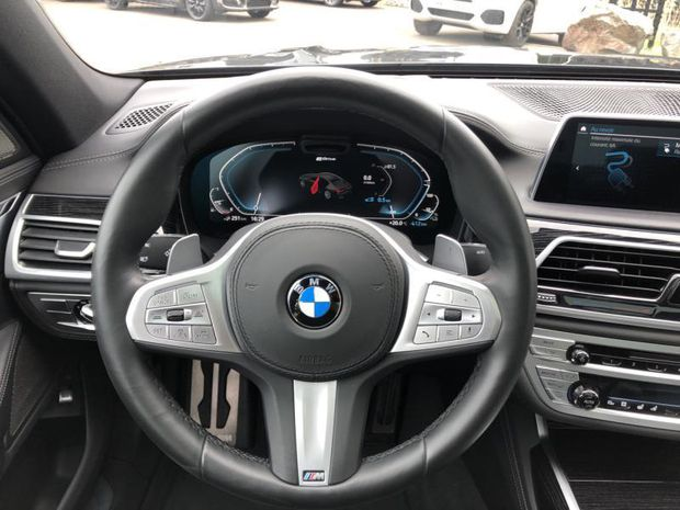 Photo miniature de la BMW Serie 7 Série 7 745eA 394ch M Sport 2019 d'occasion