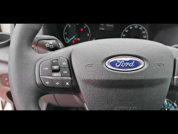 Photo miniature de la Ford Transit Benne Cofffre 2T CCb P350 L3 2.0 EcoBlue 130ch S&S Trend 2020 d'occasion