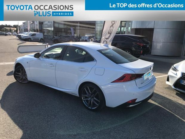 Photo miniature de la Lexus IS 300h F SPORT 2017 d'occasion