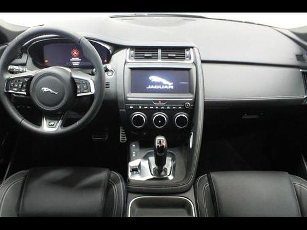 Photo miniature de la Jaguar E-Pace 2.0P 250ch R-Dynamic SE AWD BVA9 2019 d'occasion
