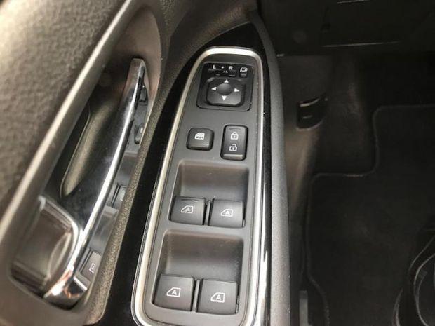 Photo miniature de la Mitsubishi Outlander PHEV PHEV Twin Motor Intense 4WD 2018 d'occasion