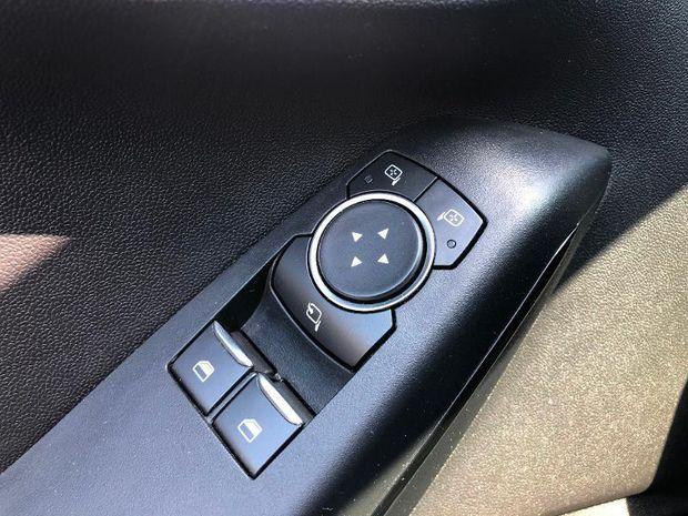 Photo miniature de la Ford Fiesta 1.1 85ch Cool & Connect 5p Euro6.2 2020 d'occasion