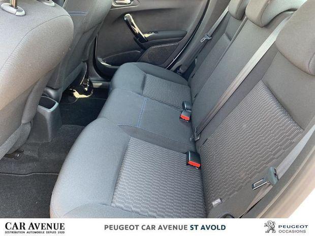 Photo miniature de la Peugeot 208 1.2 PureTech 82ch E6.c Signature 5p 2018 d'occasion