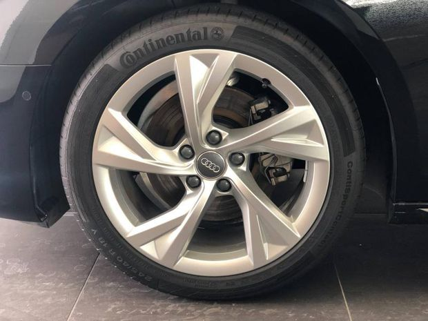 Photo miniature de la Audi A4 Avant 35 TDI 163ch S line S tronic 7 2019 d'occasion