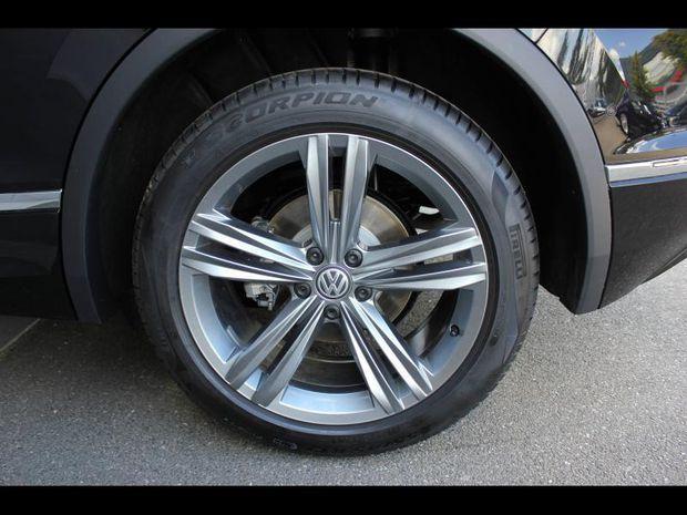 Photo miniature de la Volkswagen Tiguan 2.0 TDI 150ch Match DSG7 Pack R-Line extérieur 2020 d'occasion