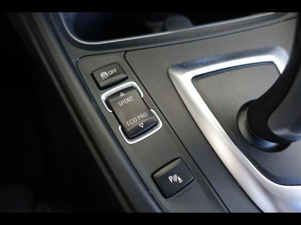Photo miniature de la BMW Serie 3 Touring 318dA 150ch Business Design 2018 d'occasion