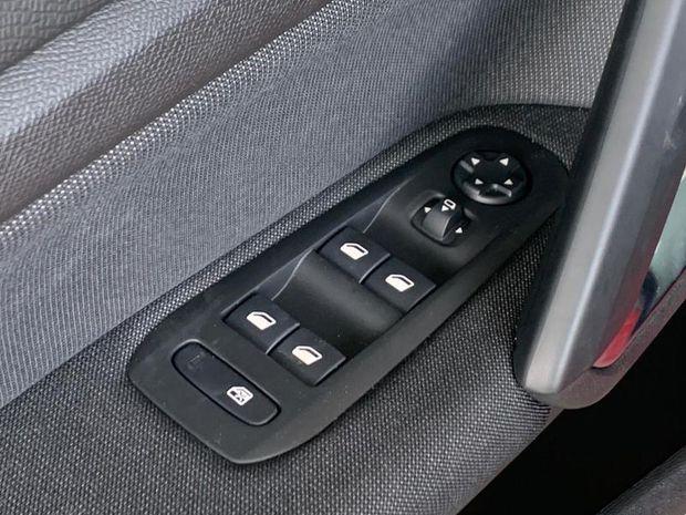 Photo miniature de la Peugeot 308 1.2 PureTech 110ch E6.3 S&S Allure 2019 d'occasion