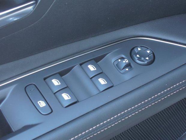 Photo miniature de la Peugeot 3008 1.6 PureTech 180ch S&S GT Line EAT8 2020 d'occasion