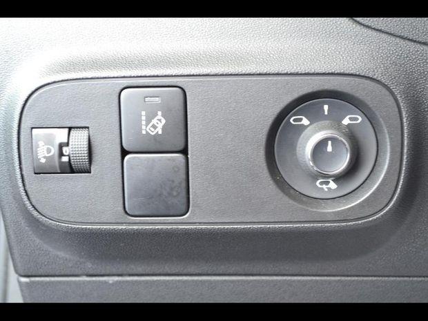 Photo miniature de la Citroën C3 BlueHDi 100ch Shine S&S E6.d-TEMP BVM5 2019 d'occasion