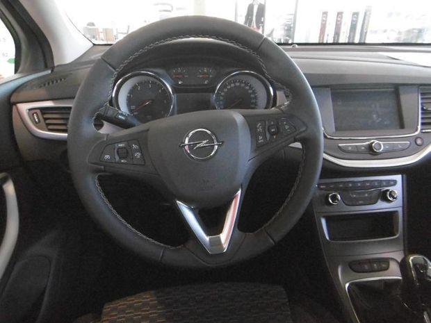 Photo miniature de la Opel Astra Sports Tourer 1.5 D 122ch Edition Business 2020 d'occasion