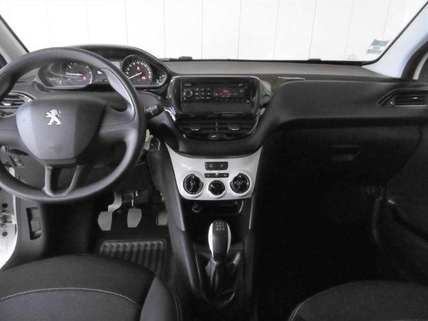 Photo miniature de la Peugeot 208 1.2 PureTech 68ch Like 3p 2017 d'occasion