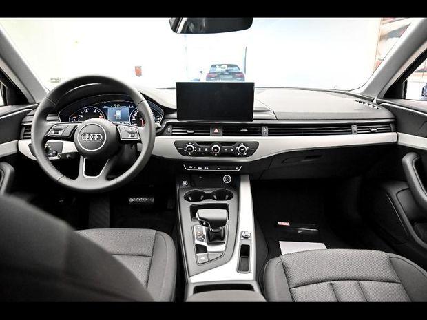 Photo miniature de la Audi A4 35 TFSI 150ch Business line S tronic 7 2020 d'occasion