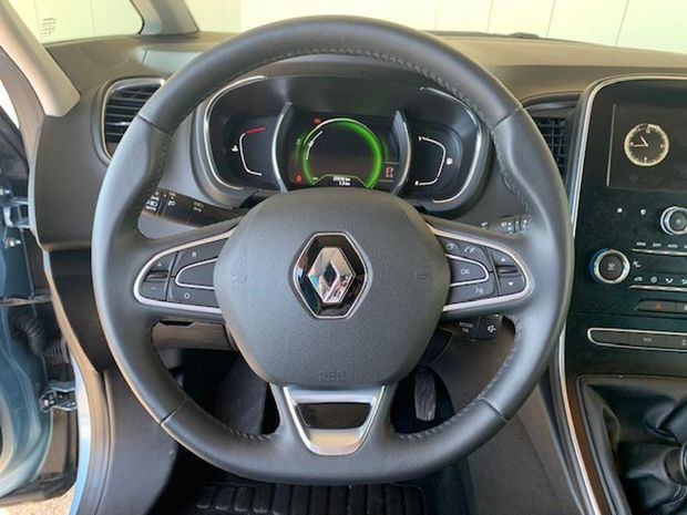 Photo miniature de la Renault Grand Scenic 1.3 TCe 140ch FAP Limited 2019 d'occasion