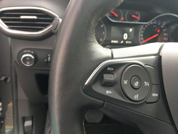 Photo miniature de la Opel Crossland X Turbo 110 Ultimate BVA Gps camera 2019 d'occasion