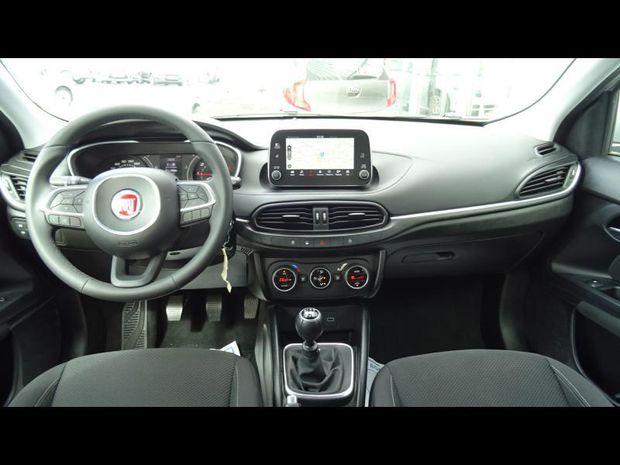 Photo miniature de la Fiat Tipo SW 1.6 MultiJet 120ch Easy S/S MY19 2019 d'occasion