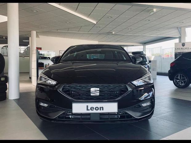 Photo miniature de la Seat Leon 1.5 eTSI 150ch FR One DSG 2020 d'occasion