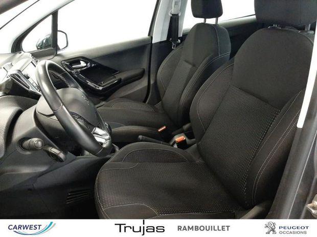 Photo miniature de la Peugeot 208 1.2 PureTech 82ch Allure 5p 2018 d'occasion