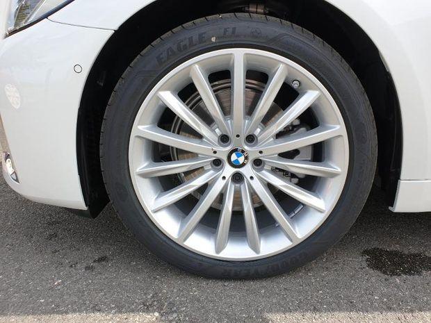 Photo miniature de la BMW Serie 5 Touring 520dA xDrive 190ch Luxury Euro6d-T 124g 2020 d'occasion
