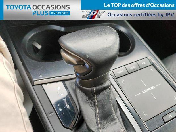 Photo miniature de la Lexus UX 250h 2WD Luxe 2019 d'occasion