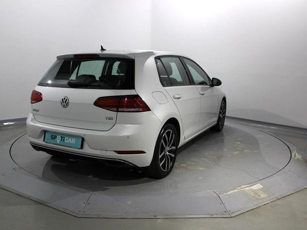 Photo miniature de la Volkswagen Golf 1.0 TSI 110ch BlueMotion Technology First Edition 5p 2017 d'occasion