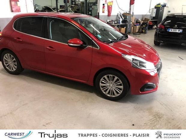 Photo miniature de la Peugeot 208 1.5 BlueHDi 100ch E6.c Allure BVM5 5p 2019 d'occasion