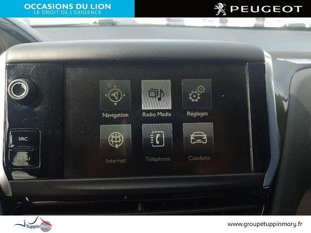 Photo miniature de la Peugeot 208 Affaire 1.6 BlueHDi 75ch Pack Clim 5p 2016 d'occasion