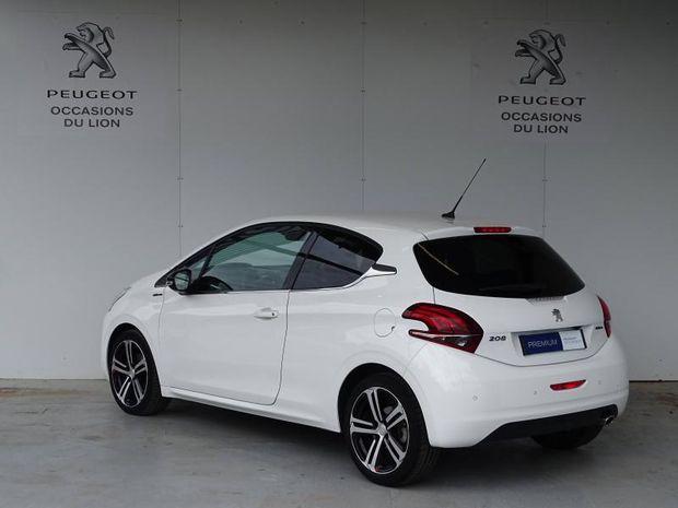 Photo miniature de la Peugeot 208 1.2 PureTech 110ch GT Line S&S 3p 2017 d'occasion