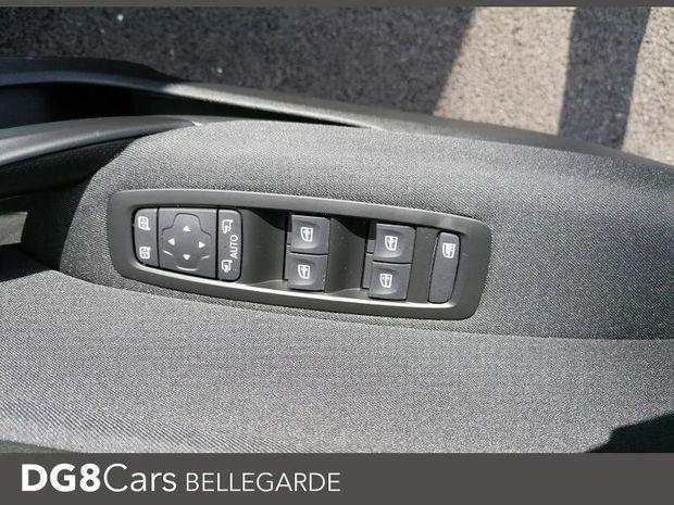 Photo miniature de la Renault Megane 1.5 Blue dCi 115ch Limited 2019 d'occasion