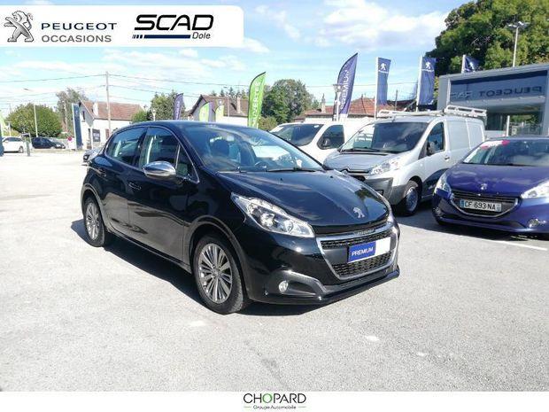 Photo miniature de la Peugeot 208 1.2 PureTech 110ch Allure S&S 5p 2018 d'occasion