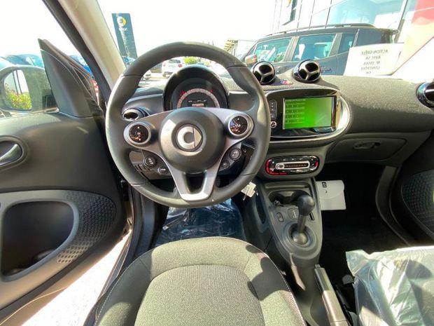 Photo miniature de la Smart fortwo Coupe 90ch passion E6c 2019 d'occasion