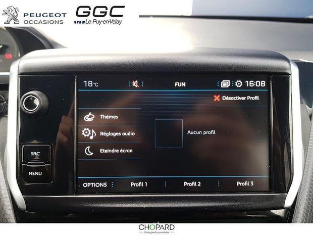 Photo miniature de la Peugeot 2008 1.2 PureTech 82ch E6.c Allure 2019 d'occasion