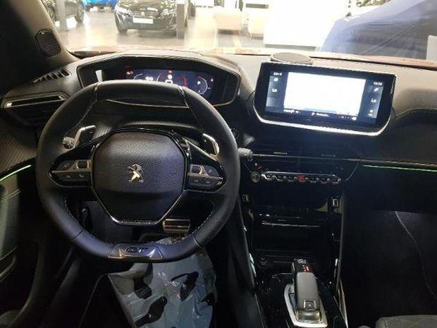 Photo miniature de la Peugeot 2008 1.2 PureTech 155ch S&S GT EAT8 2019 d'occasion