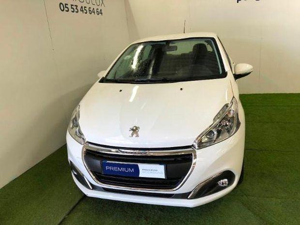 Photo miniature de la Peugeot 208 1.5 BlueHDi 100ch E6.c Active Business S&S BVM5 86g 5p 2019 d'occasion