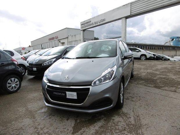 Photo miniature de la Peugeot 208 1.5 BlueHDi 100ch E6.c Active Business S&S BVM5 5p 2019 d'occasion