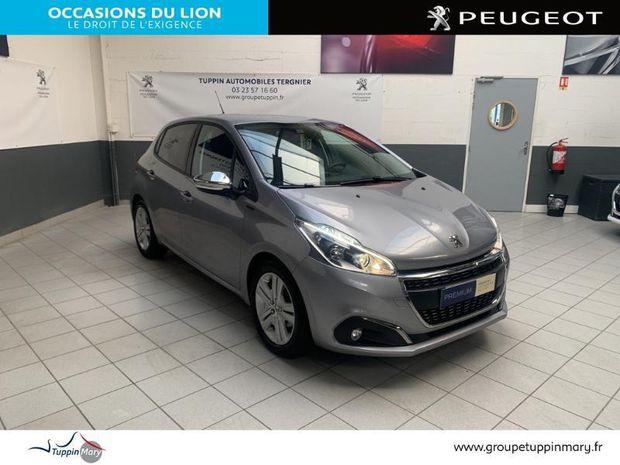 Photo miniature de la Peugeot 208 1.5 BlueHDi 100ch E6.c Signature 5p 2019 d'occasion